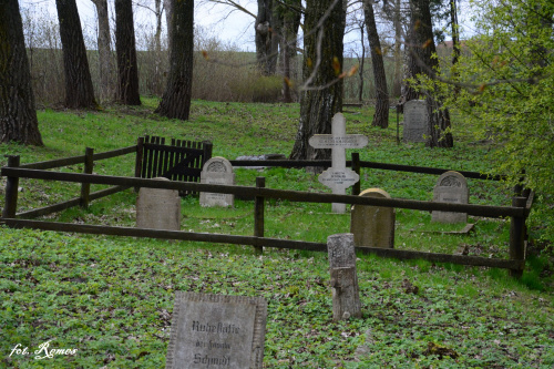 Kożuchy Wielkie - nieczynny cmentarz ewangelicki