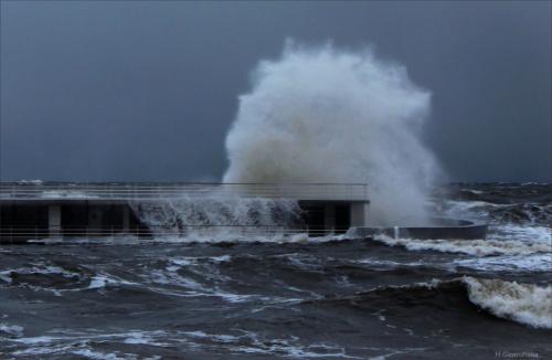 Sztorm na Bałtyku ... wspomnienie zimowej, kapryśnej pogody