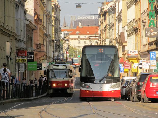 """Škoda ForCity 15T """"Praha"""", #9397, DP Praha"""