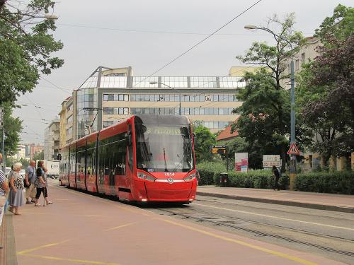 Škoda 30T, #7514, DP Bratislava