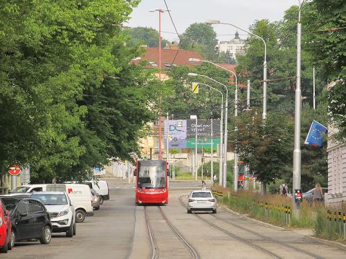 Škoda 30T, #7518, DP Bratislava