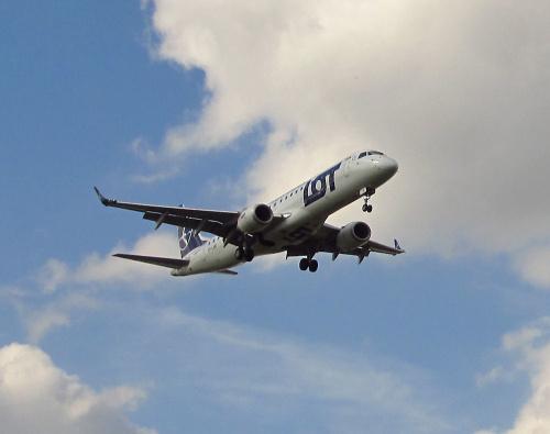 Embraer ERJ-190STD, SP-LMD, PLL LOT
