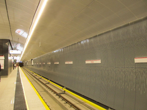"Stacja metra (C18) ""Trocka"""