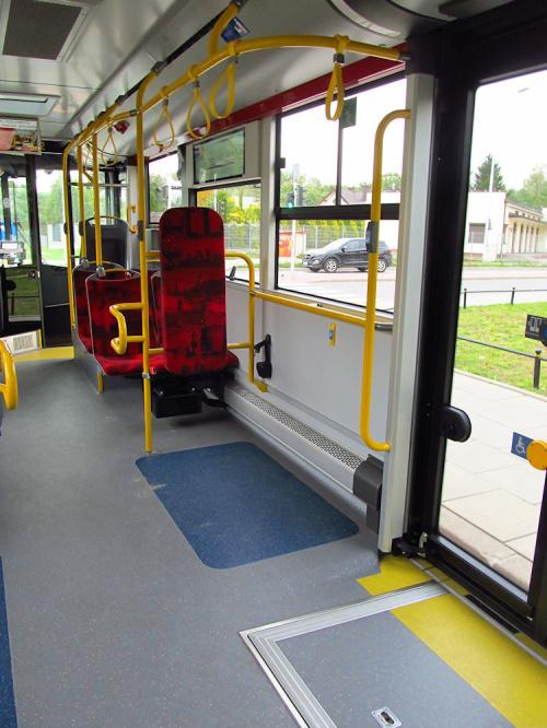 SU18 IV CNG, #9922, Arriva Bus Transport Warszawa