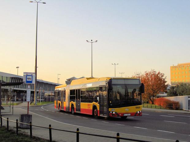 SU18 IV CNG , #9909, Arriva Bus Transport Warszawa