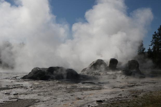 Upper Gejer Basin- Giant Gejser