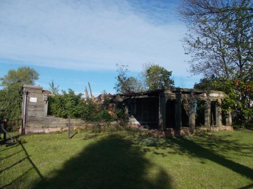 Dom podcieniowy w Lasowicach Małych to już niestety od lat wspomnienie