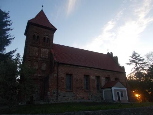 Lubochowo-kościół pw. św. Antoniego z czasów średniowiecza