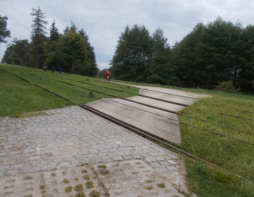 Jedyne miejsce, gdzie Kanał Elbląski przekroczymy bez mostu :-)