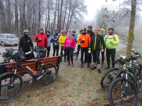 Rowerzyści z biegaczami to jedna wielka, aktywna rodzina :-)