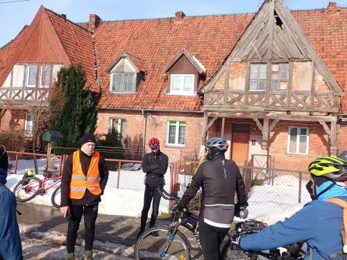 Leszek opowiadał i jechał z nami dzisiaj w ramach Międzynarodowego Dnia Przewodnika Turystycznego. Dzięki i najlepszego :-)