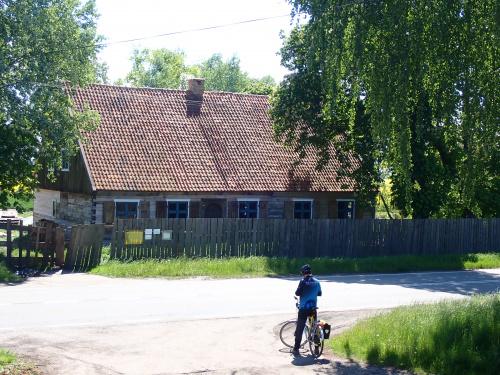 Nowy Dwór Elbląski-drewniany budynek sprzed 220 lat, cel naszej wycieczki