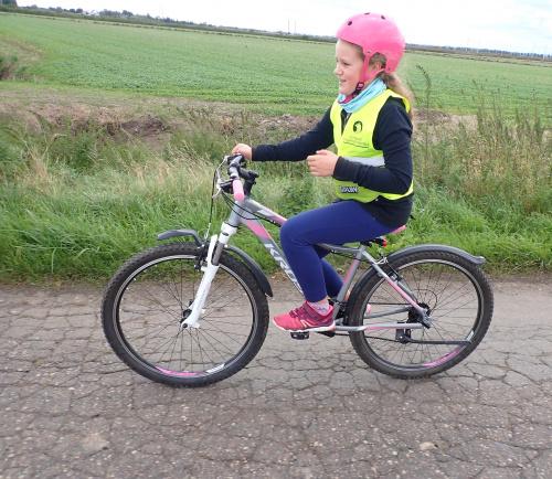 Młoda blogerka-bikerka :-)