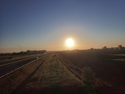 Chłodny wschód słońca nad Elblągiem